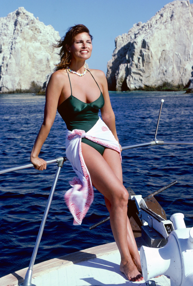 Raquel Welch Shows Off That Famous Body In A Bathing Suit